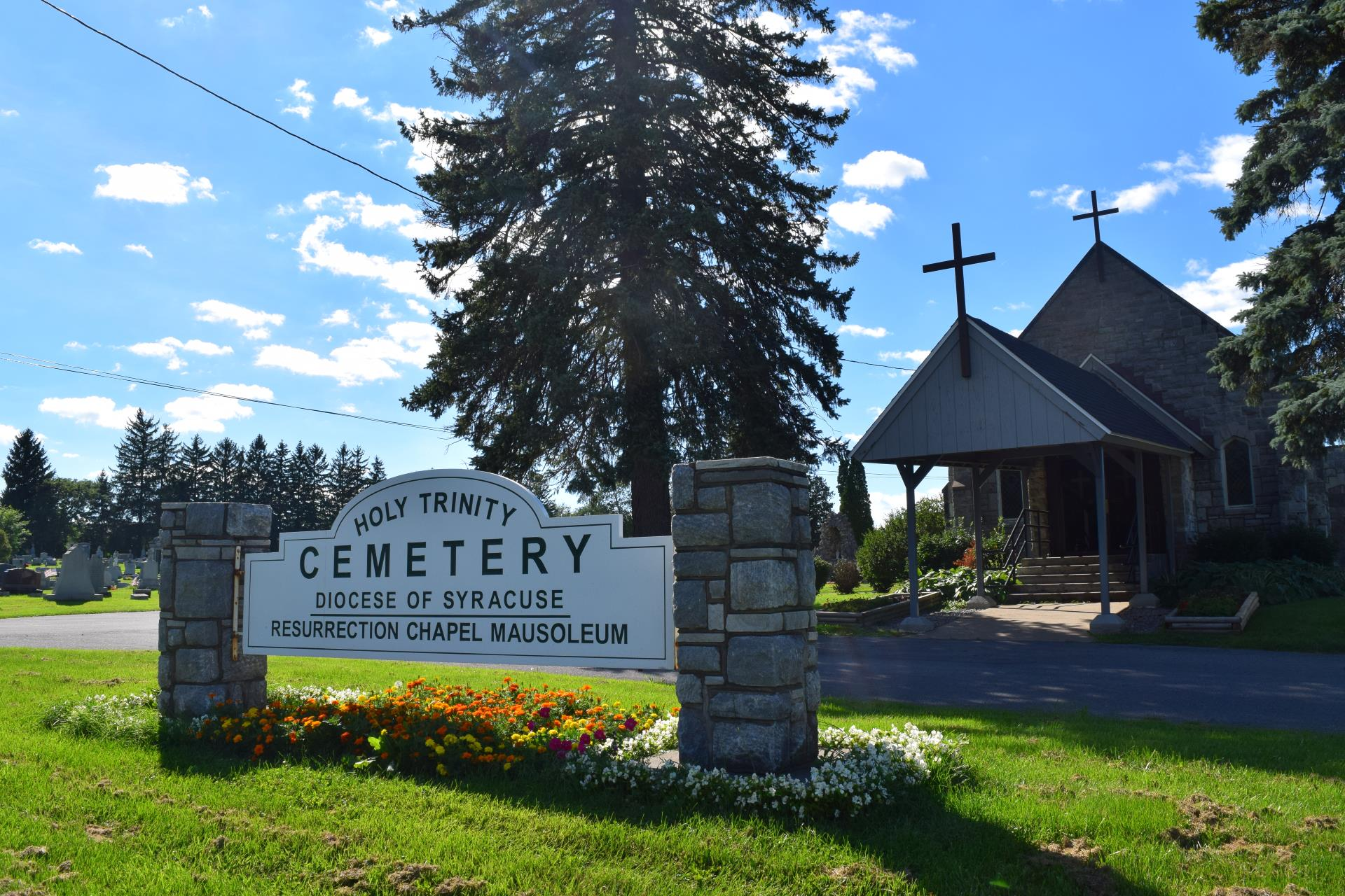 Entrance sign to Holy Trinity Cemetery